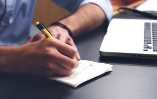اهمیت تطابق فعل و فاعل در نگارش مقاله علمی